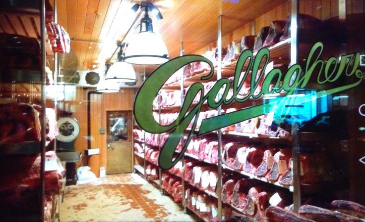 Ristorante famoso di Newyork .......bellissimo  posto abbiamo mangiato delle costate enormi!!!