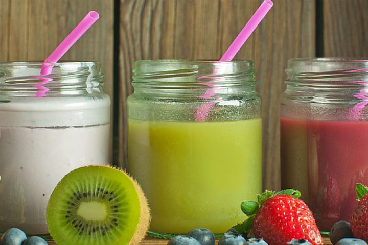 Weight loss does not need to be a tasteless affair. :) http://180nutrition.com.au/news/top-5-meal-replacement-smoothies-for-natural-weight-loss/