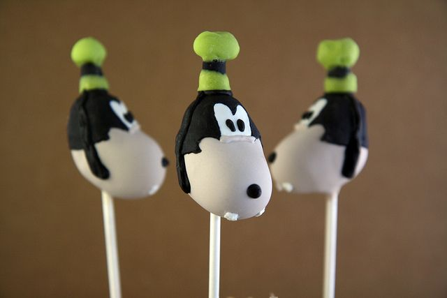 Mickey Mouse Clubhouse Cake Pops 8 | Flickr - Photo Sharing!