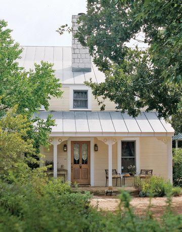 A Sunday House in Fredericksburg, TX.  I love Fredericksburg!
