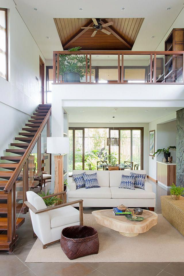 This Modern Bahay Kubo In Tagaytay Is A Lesson In Tropical Design Rl Luxuryhomeinterior Tropical House Design Modern House Design Modern Tropical House
