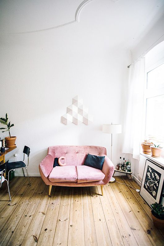 small rose quartz colored velvet settee / sfgirlbybay