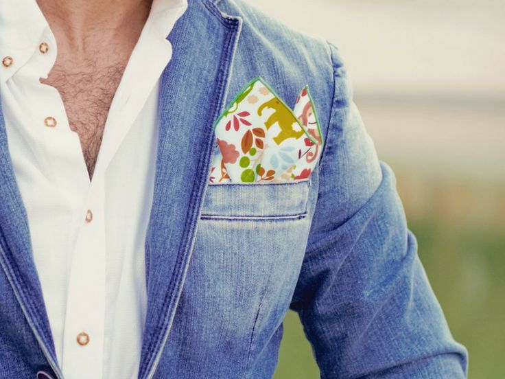 Pocket Squares are never out of style! https://www.boxknocks.com/collections/pocket-squares?utm_content=buffer4973b&utm_medium=social&utm_source=pinterest.com&utm_campaign=buffer #mensfashion #menstyle #dapper #suits #xmas #owl