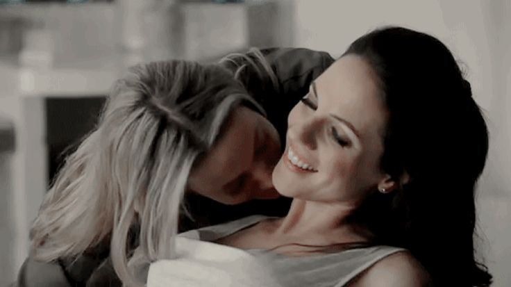 Bo Dennis and Lauren Lewis from Lost Girl, they are true love! Doccubus forever!