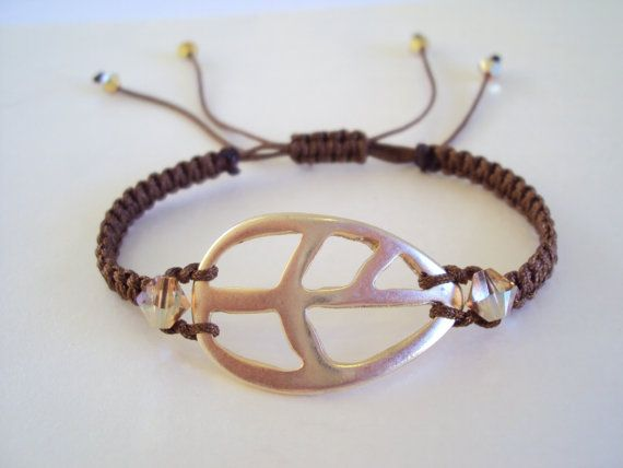 Golden leaf chocolate brown macramé bracelet with Swarovski crystals