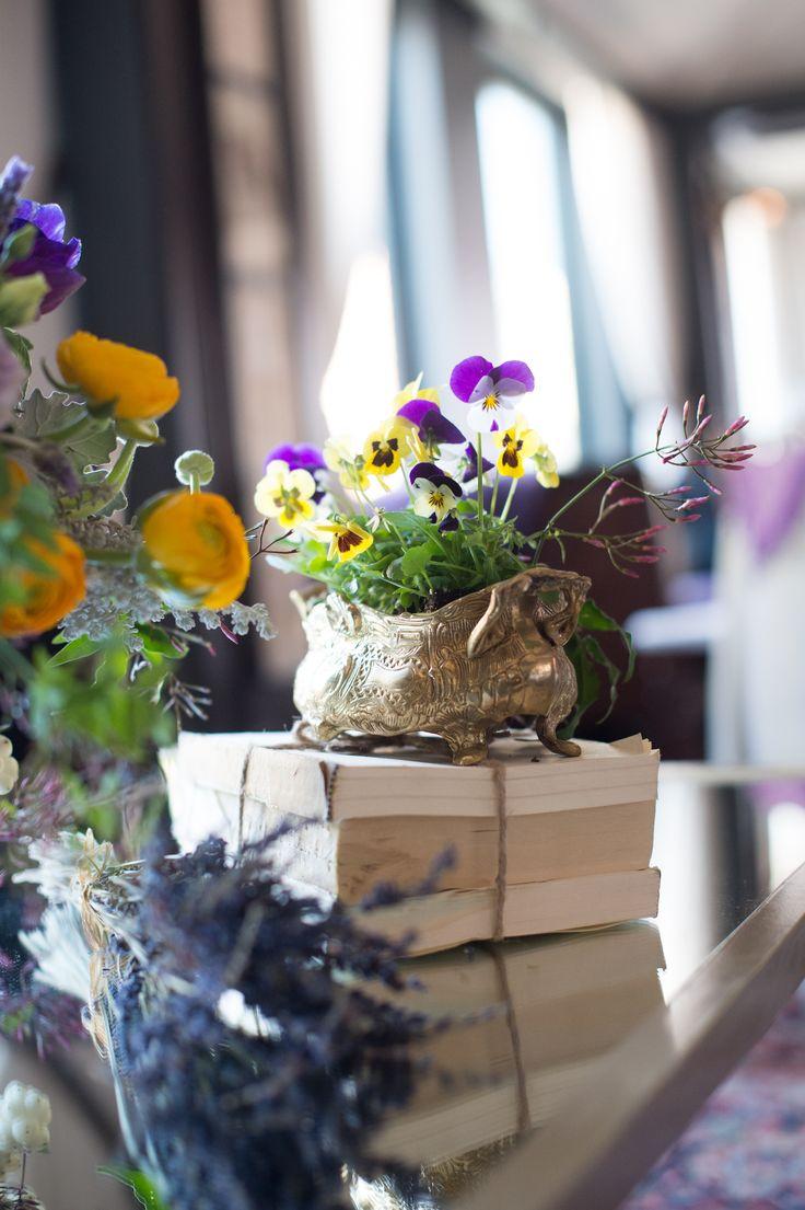 bridalshower pretty floral 18 best Centerpieces images