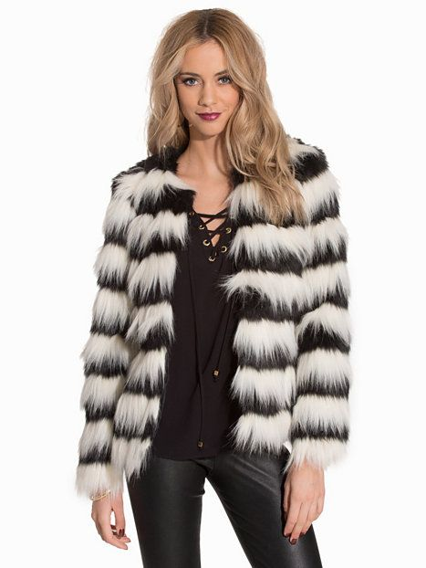 VMSTRIPED SHORT FAKE FUR JACKET V