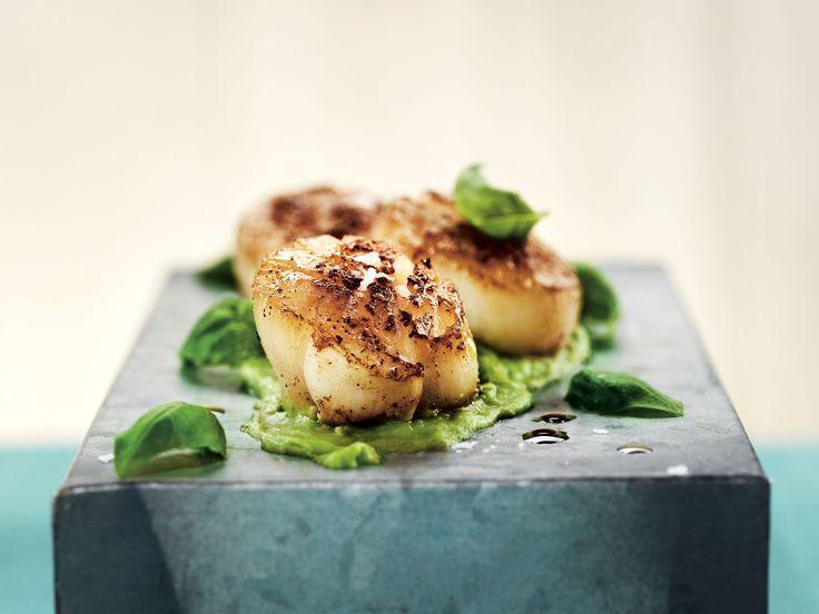 Pilgrimsmusslor med avokado och sojasås | Recept från Köket.se