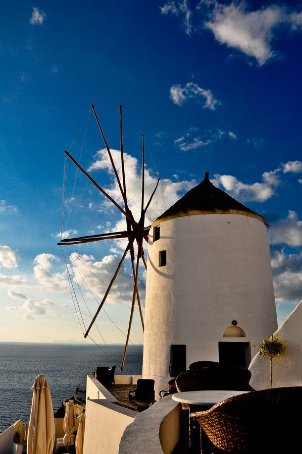 Windmill - Santorini/Fira/Oia (from #luisdehoyos at www.500px.com/dhclicks )