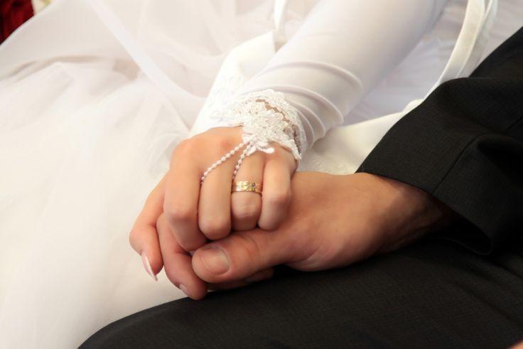 a gyűrű, esküvő fotózás