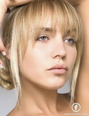 Pinning for bangs style in photo