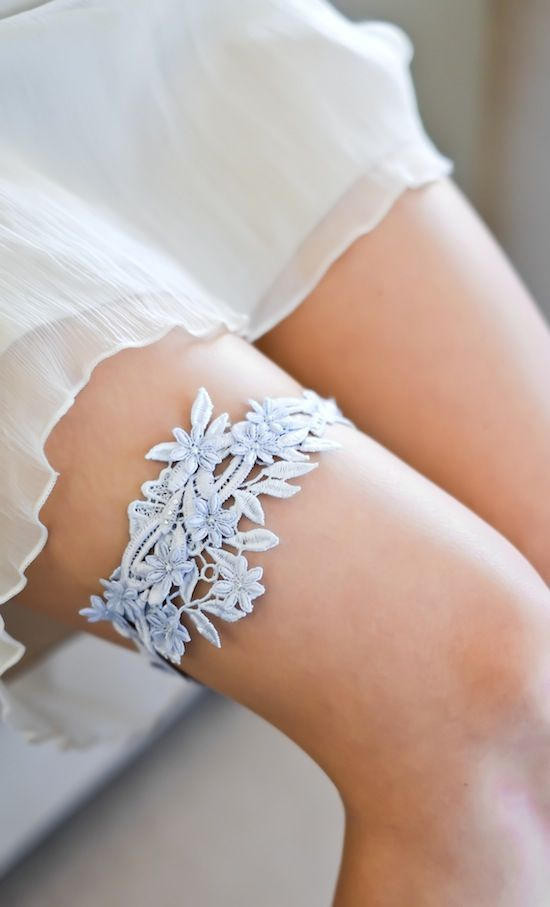 Size matters: how to get a perfect fit for your wedding garter