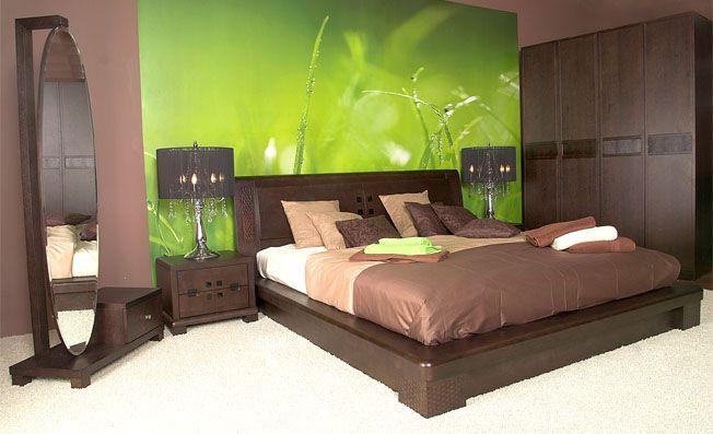 Vastu Tips : A mirror should not be placed in front of the bed. #vastutips www.vastustore.com