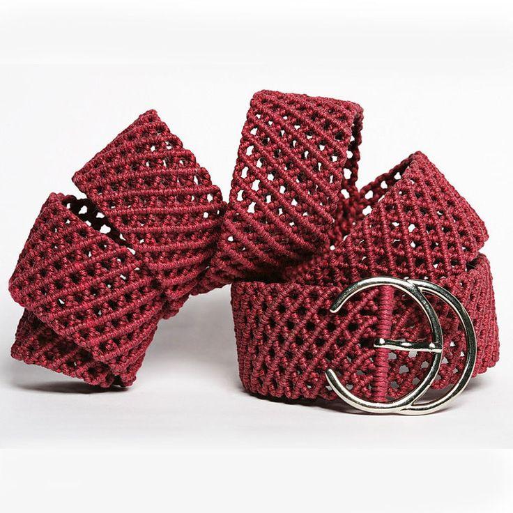 Купить или заказать 'Цвет вишни' пояс-макраме в интернет-магазине на Ярмарке Мастеров. Строгий, немного консервативный ремень. Выполнен с использованием плотного плетения с узором 'сеточка' из вишневого вощеного шнура. Подобранный в тон к юбке или брюкам, дополнит деловой наряд и станет изюминкой Вашего костюма. Может быть выполнен в мужском исполнении, с соответствующей пряжкой, и также послужит оригинальным дополнением к мужскому костюму.