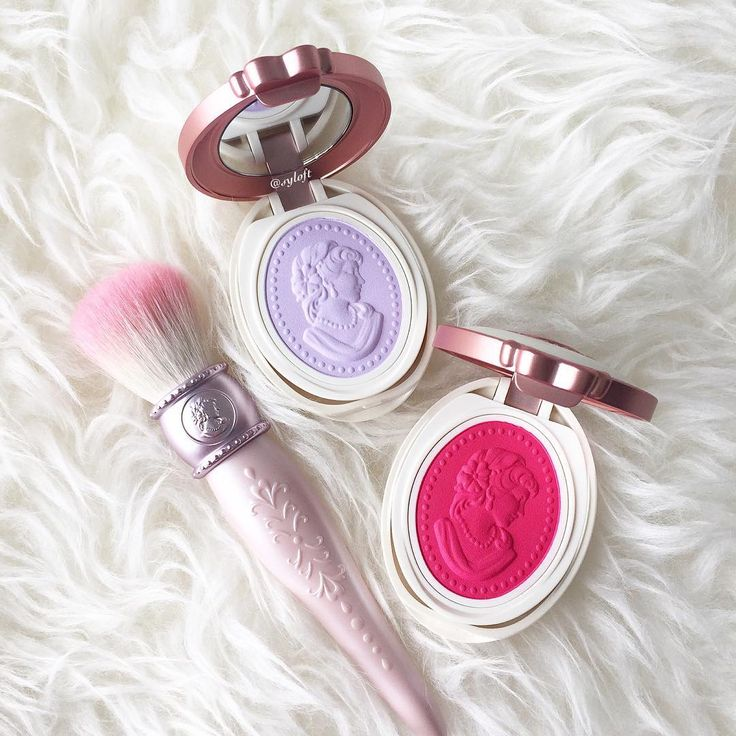 """""""Les Merveilleuses de Laduree Spring 2016 Pressed Cheek Color in 107 (pink) and 108. (purple). A collector of their makeup brushes, I can't resist picking…"""""""