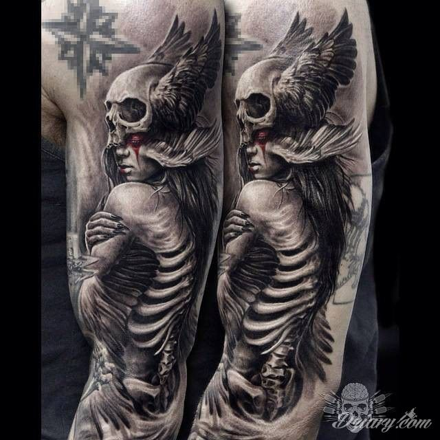 Mega ciekawy tatuaż na ręce. Autor: Javier Antunez | Dziary.com