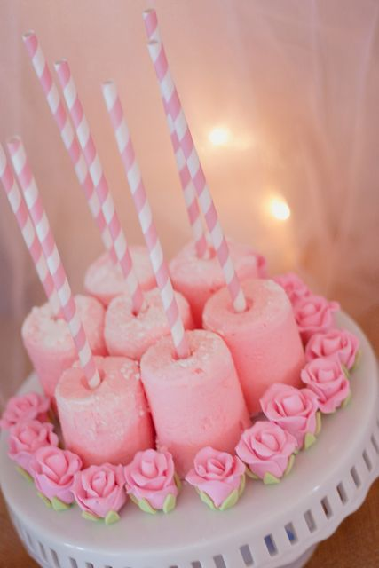Pink Marshmallow Pops at a Sleeping Beauty Party #sleepingbeauty #partypops