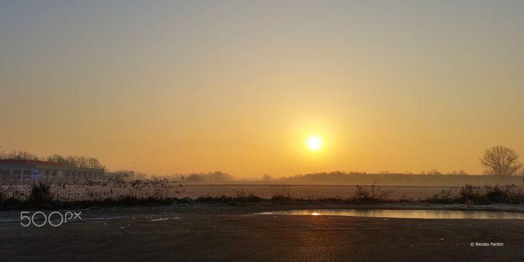 Cold Sunrise... - Taken near Gropello Cairoli. (Lombardia, Italia) (December 2016)