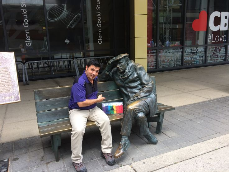 "Day in Toronto with our CEO Lino Falotico  ! Head over to our #website to hear his story, sit in on a heart jerking interview and/or maybe browse our unique products !  ""One does not play the piano with one's fingers, one plays the piano with one's mind.""  Glenn Gould - Canadian - Pianist  - Underwear - statue -famous - idol - piano -professional - inspire"