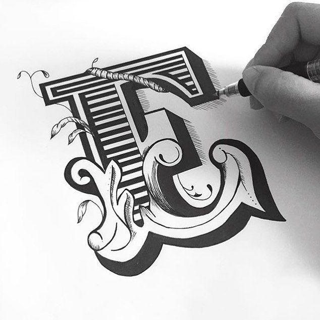 #E by @sammie_ho by 36daysoftype