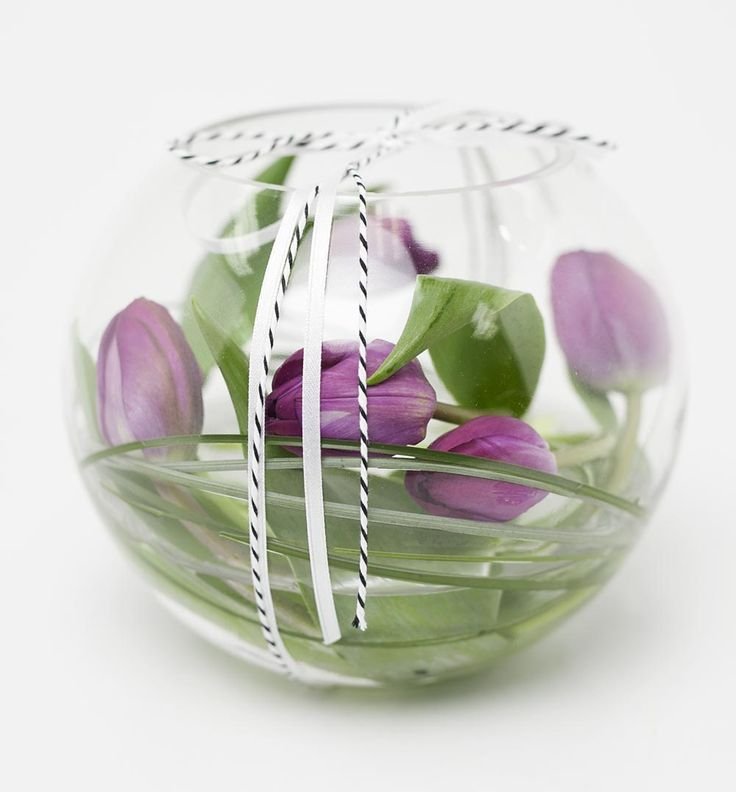 Tulips in Contemporary Short Vase http://www.expressionsfloral.co.nz/buy-flowers/mothers-day/Tulips-in-Contempory-short-Vase-florist-hamilton #tulips #contempory
