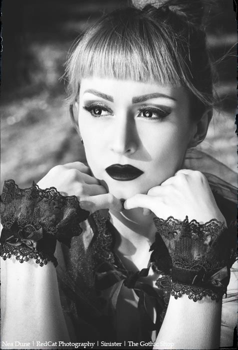 A009 - Nea Dune - Redcat Photography #fashion #style #gothic #gothgoth #headpiece #velvet #choker #gothicgirl #blackdress #dress #black #sinister #sinister_gothic #black #goth