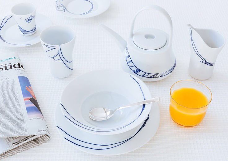 It is almost the weekend and time for leisurely chic breakfasts with the Granat range from @hering_berlin - available on our site.