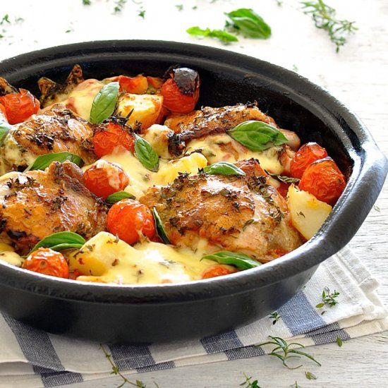 Italian Baked Chicken- Chicken, Potatoes and Cherry Tomatoes drizzled with an Italian Sauce and baked to perfection. 15 minute prep!