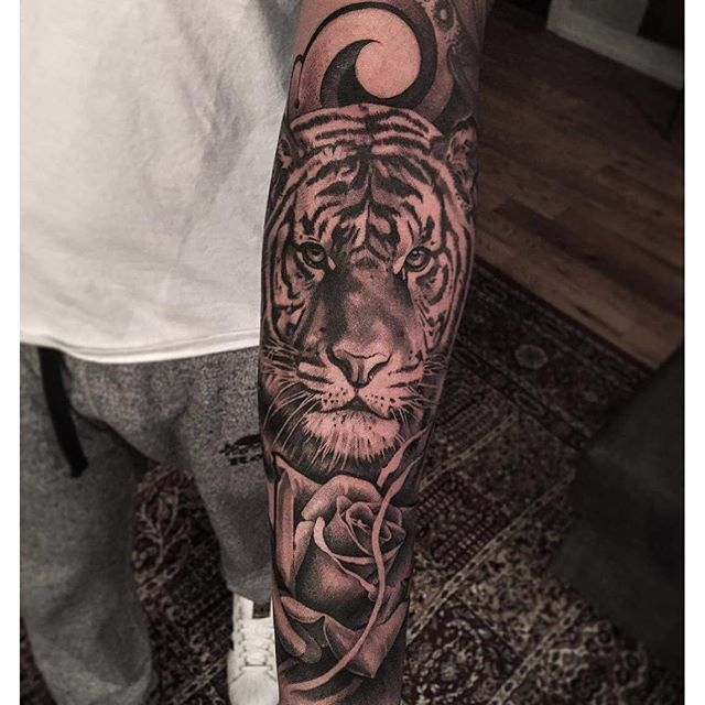 ... lilbtattoo Siberian tiger forearm tattoo! @natgeo @worldofartists