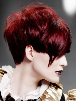 Fabulous New Short Haircut Trends - Get your seasonal style refresh by opting for one of these fabulous new short haircut trends. Ask your hairdresser to grant you with a versatile and perfectly textured crop.