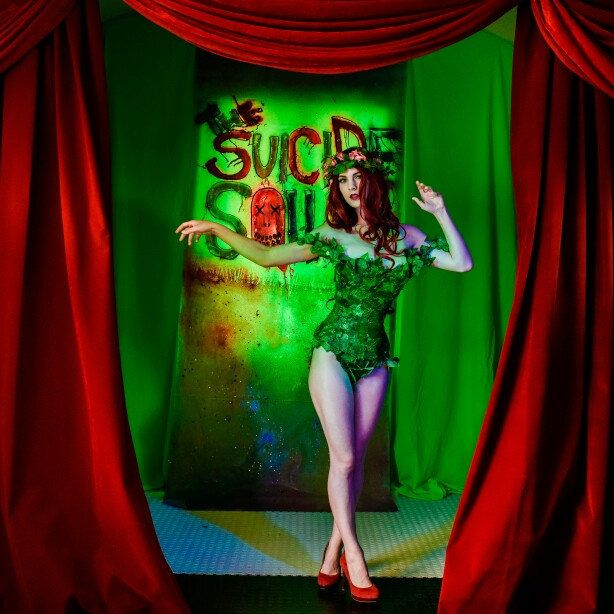 @lilshootie as Poison Ivy with @lushescurtains Velvet Curtains!