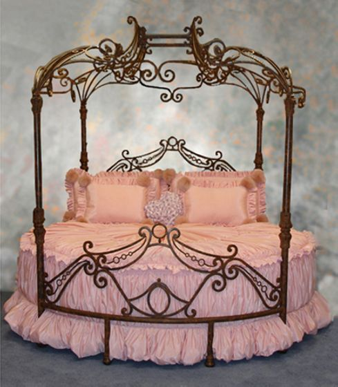 Canopy bed cake.