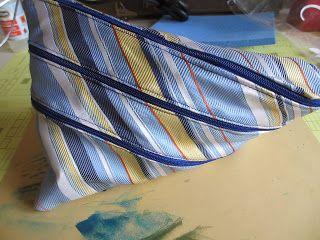 Tasje gemaakt van een stropdas