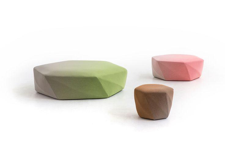 吉岡徳仁が、MOROSOのためにデザインした、オットマン・プーフ・スツールのコレクション「Brook」 | architecturephoto.net | 建築・デザイン・アートの新しいメディア。アーキテクチャーフォト・ネット