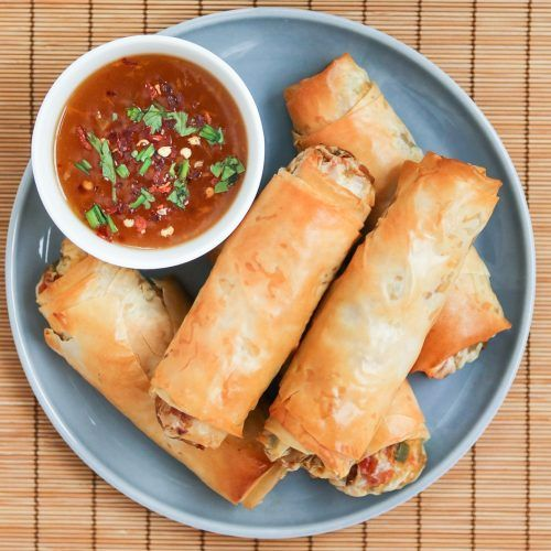 Baked Vegetable Egg Rolls Recipe A snack arguably delicious and healthy? I say arguably because it's Baked Vegetable Egg Rolls Recipe. They look like they should be fried but are not. The baking process keeps all the juices together for better evening out the flavor. These are perfect snack or lunch dish for vegetarians. It's … Continue reading »