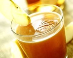 P'tit zef  punch trop trop bon : calvados rhum blanc jus dorange 40 cl de rhum blanc  40 cl de Calvados 2 l de jus d'Orange 10 cl de sirop de sucre de canne ou grenadine