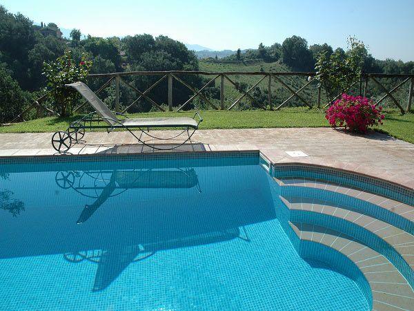Property for sale in Lazio Tarano Italy - Country House > http://www.italianhousesforsale.com/property-italy-lazio-sabina-45-min-from-rome-la-casetta-degli-oleandri-1699.html