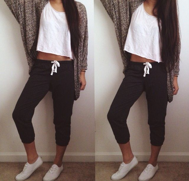 Lazy & Cute. Sweat Pants & Sweater.