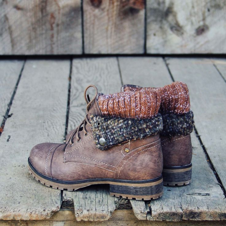 The Nor'wester Boots: from www.spool72.com, need to get these! Perfect fall, camping, hiking, warm, winter boots
