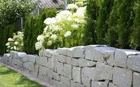 Terrasse Steinmauer