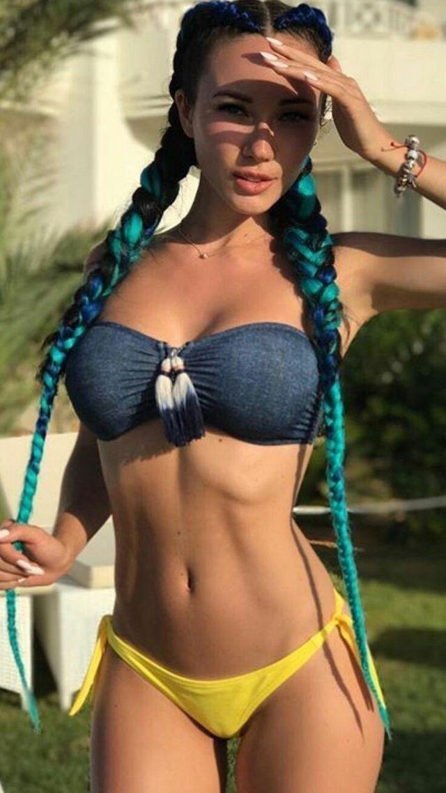 Bikini en jovencitas think