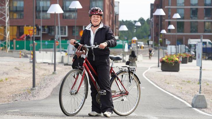 Helsinki houkutteli Tarjan pyöräilemään!