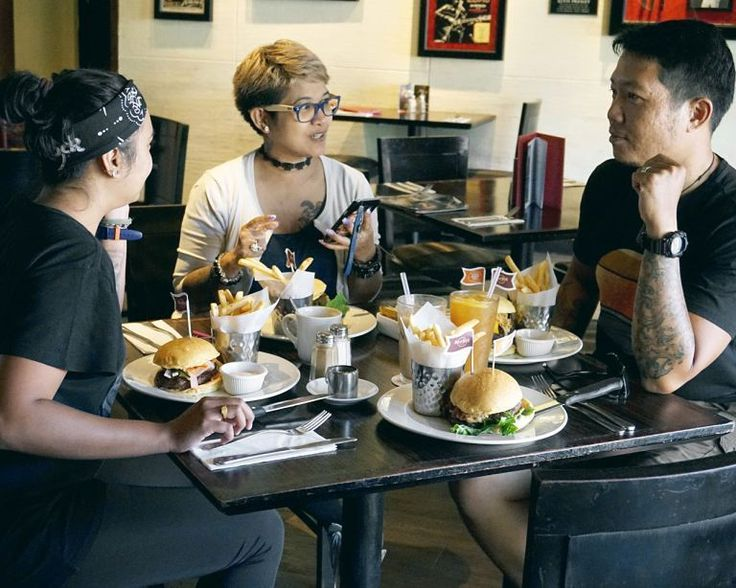 """#Bali. New from our blog: """" @HardRockCaféBali #WorldBurgerTour #2017  by @GinoAndrias. Read it now at foodcious.com.  Link available at  @foodcious"""