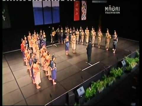 Auckland Girls Grammer - Hareruia (Hulleluia)