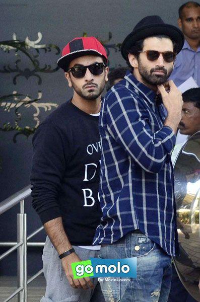 Ranbir Kapoor & Aditya Roy Kapur snapped at Mumbai Airport
