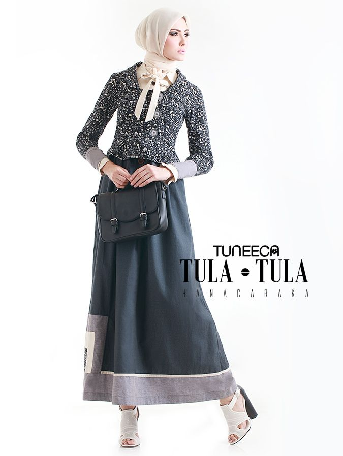 Long Dress with regular point collar with bow, shawl collar blazer, buttoned cuffs with wrinkle, wrinkle skirt, and Kupnad.