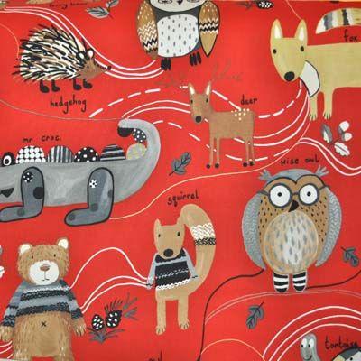 jesteśmy w lesie - sowy, lisy i jeże królują na tej tkaninie, może by tak przenieść las do pokoju maluszka? www.miniroom.pl