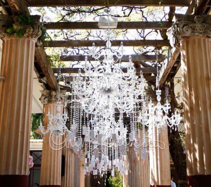 Tableau de chandelier per solennizzare un matrimonio dallo stile imperiale | Cira Lombardo Wedding Planner