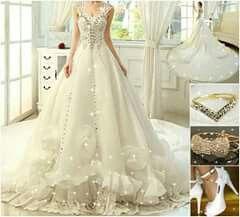 vestido de novia con cola circular