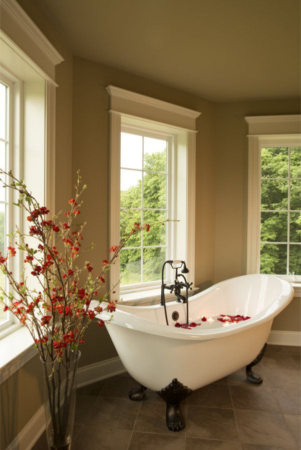 OMG I Love That Claw Foot Tub! Traditional Master Bathroom   Found On  Zillow Digs